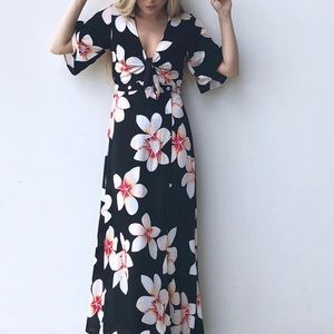 NWT Ava Sky Maeva Dress Large